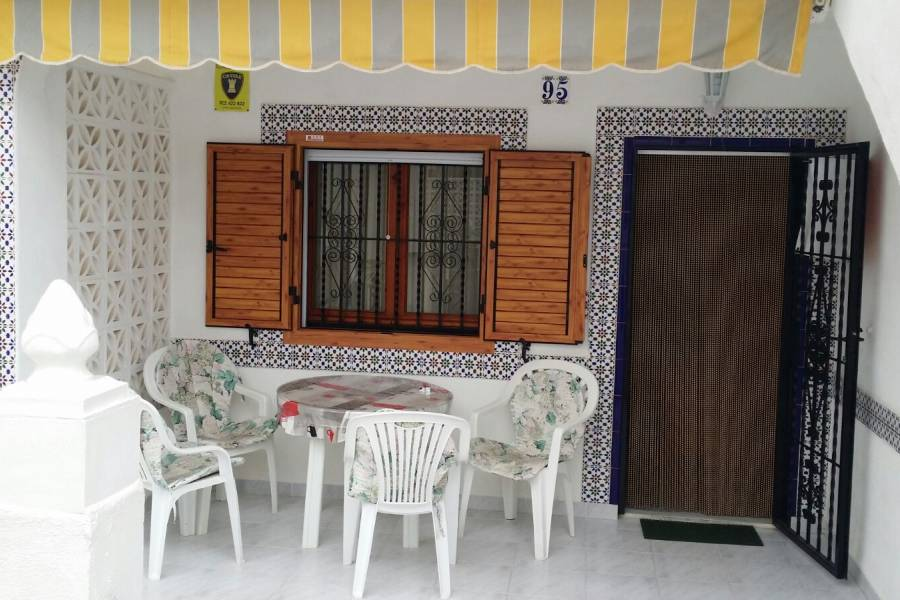 Short time rental - Townhouse - Torrevieja - Aguas Nuevas